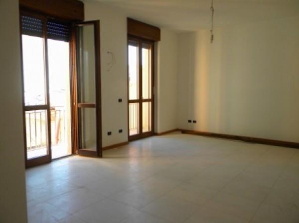 Appartamento in affitto a Busto Arsizio, 3 locali, prezzo € 600 | Cambio Casa.it