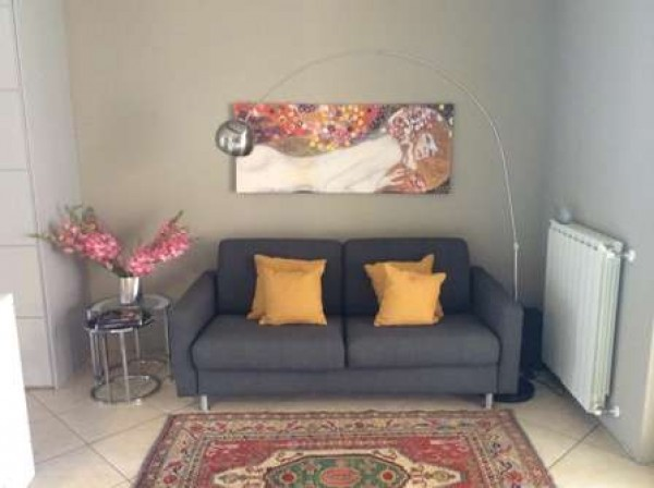 Appartamento in vendita a Borgomanero, 1 locali, prezzo € 65.000 | Cambio Casa.it