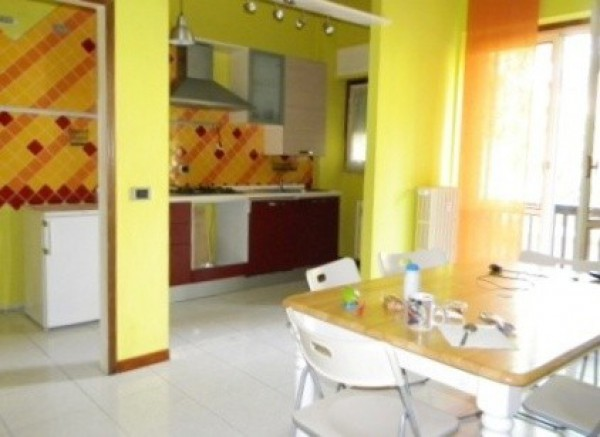 Appartamento in vendita a Olgiate Olona, 3 locali, prezzo € 108.000 | Cambio Casa.it