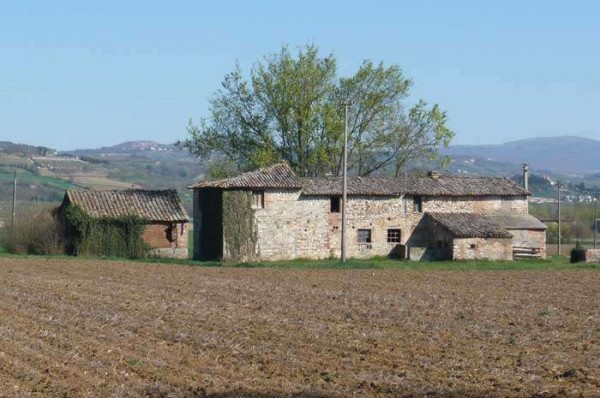 Rustico / Casale in vendita a Marsciano, 6 locali, prezzo € 180.000 | Cambio Casa.it