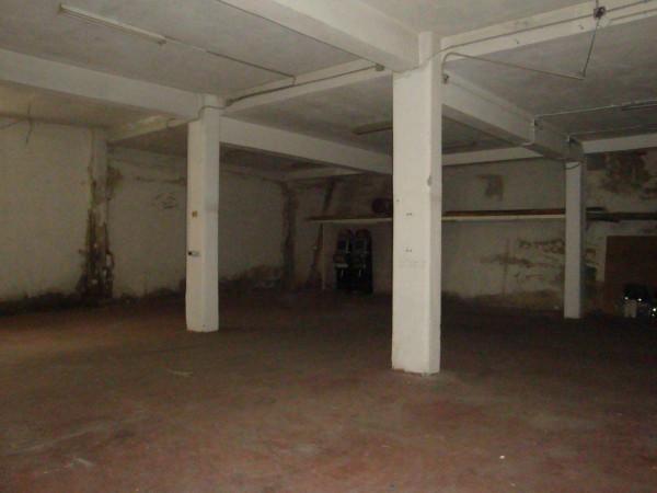 Magazzino in Affitto a Gravina Di Catania Centro: 2 locali, 180 mq