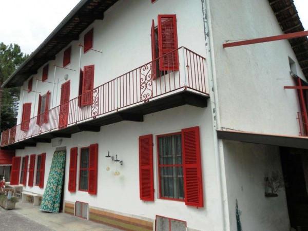 Casa indipendente in vendita a soglio strada provinciale 2 for Comprare garage indipendente
