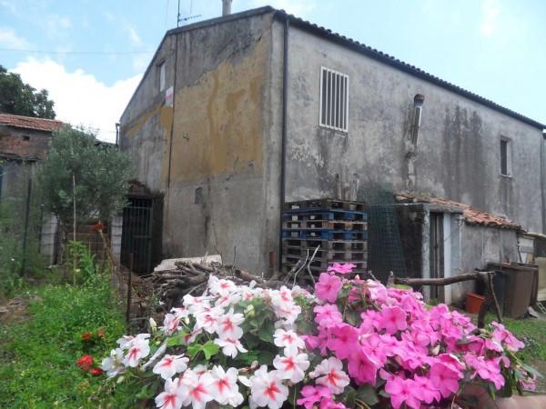 Rustico / Casale in vendita a Maratea, 6 locali, prezzo € 170.000 | Cambio Casa.it