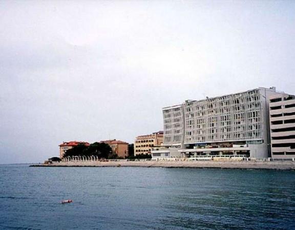 Appartamento in vendita a Grado, 9999 locali, Trattative riservate | CambioCasa.it