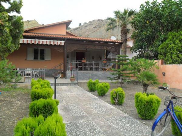 Villa in vendita a Cattolica Eraclea, 6 locali, prezzo € 450.000 | Cambio Casa.it
