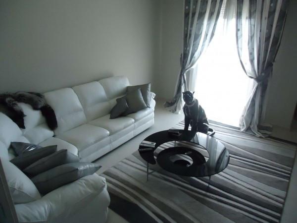 Appartamento in vendita a Modena, 6 locali, prezzo € 250.000 | CambioCasa.it