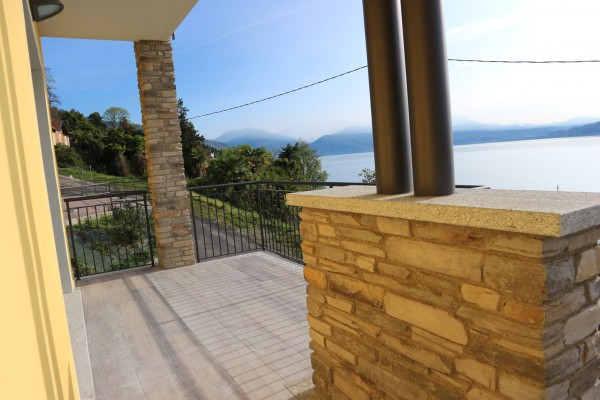 Appartamento in vendita a Oggebbio, 3 locali, prezzo € 325.000 | Cambio Casa.it