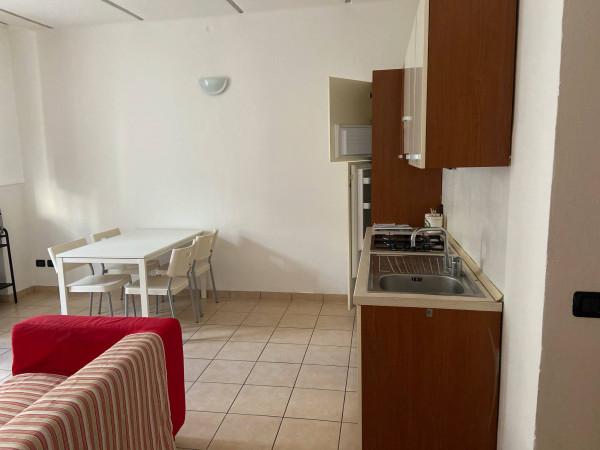 Bilocale Cantù Via Crotto 3