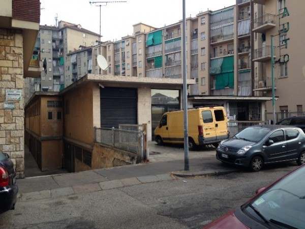 Negozio / Locale in vendita a Torino, 6 locali, zona Zona: 10 . Aurora, Valdocco, prezzo € 70.000 | Cambio Casa.it