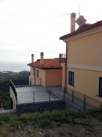 Bilocale Varazze Via Vecchia Castagnabuona 4