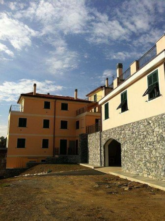 Bilocale Varazze Via Vecchia Castagnabuona 7