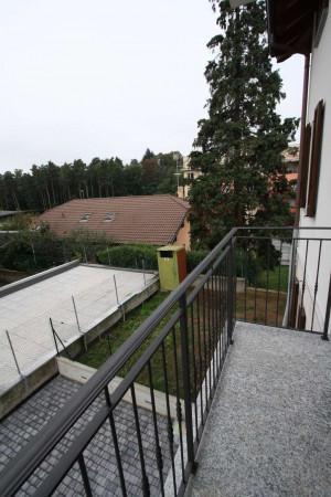 Bilocale Villa Guardia Via Arno 10