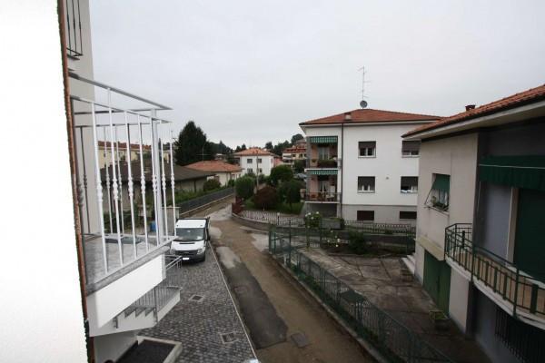 Bilocale Villa Guardia Via Arno 5