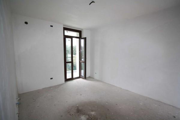 Bilocale Villa Guardia Via Arno 7