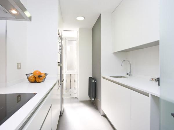 Bilocale Moncalieri Piazza Mercato 1