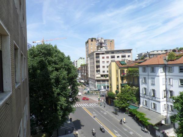 Bilocale Milano Via Edmondo De Amicis 12