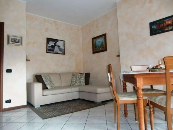 Appartamento in vendita a Canzo, 4 locali, prezzo € 125.000 | Cambio Casa.it