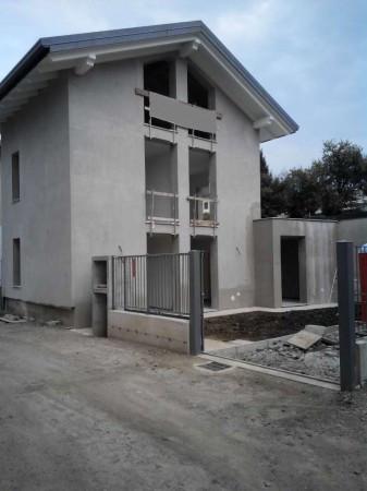 Appartamento in vendita a Vertemate con Minoprio, 3 locali, prezzo € 139.000 | Cambio Casa.it