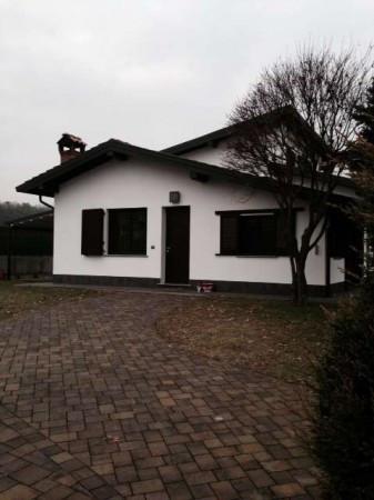 Villa in vendita a Guanzate, 4 locali, prezzo € 435.000 | CambioCasa.it