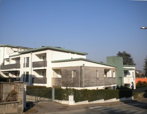 Bilocale Lambrugo Via Giuseppe Garibaldi 11
