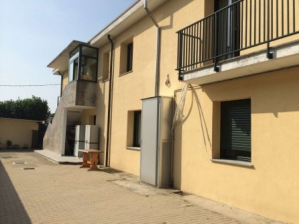 Capannone in vendita a Gerenzano, 6 locali, prezzo € 440.000 | Cambio Casa.it