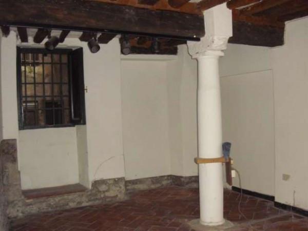 Negozio / Locale in affitto a Pistoia, 3 locali, prezzo € 500 | Cambio Casa.it