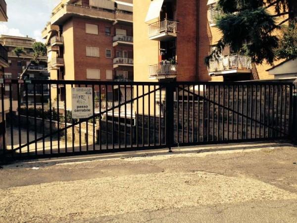 Magazzino in affitto a Roma, 1 locali, zona Zona: 28 . Torrevecchia - Pineta Sacchetti - Ottavia, prezzo € 2.000 | CambioCasa.it