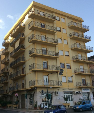 Appartamento in vendita a Bagheria, 6 locali, prezzo € 250.000 | Cambio Casa.it