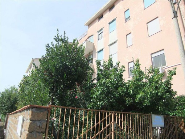 Appartamento in vendita a Roma, 3 locali, zona Zona: 18 . Ardeatino - Grotta Perfetta - Fonte Meravigliosa, prezzo € 295.000 | Cambiocasa.it