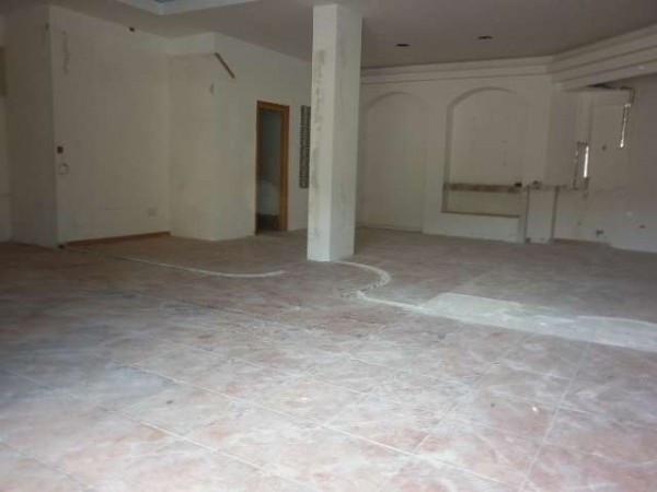 Negozio / Locale in vendita a Mercato San Severino, 1 locali, prezzo € 98.000 | Cambio Casa.it