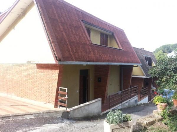 Casa indipendente in vendita a passignano sul trasimeno for Comprare garage indipendente