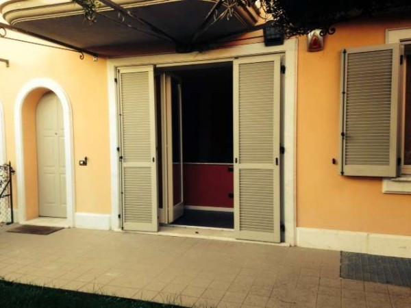 Appartamento in vendita a Appiano Gentile, 3 locali, prezzo € 258.000 | CambioCasa.it