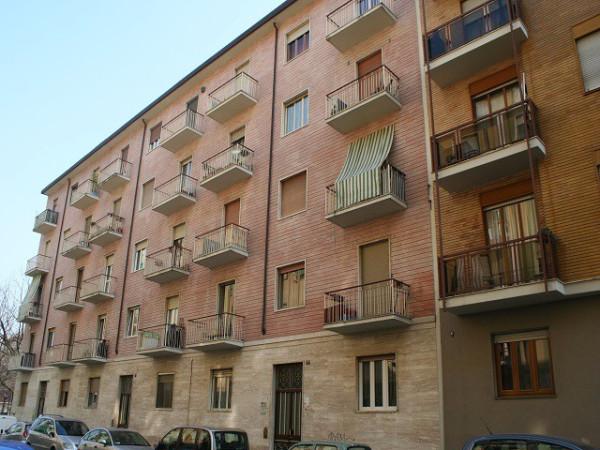 Appartamento in vendita a Torino, 3 locali, zona Zona: 12 . Barca-Bertolla, Falchera, Barriera Milano, Corso Regio Parco, Rebaudengo, prezzo € 34.000 | Cambio Casa.it