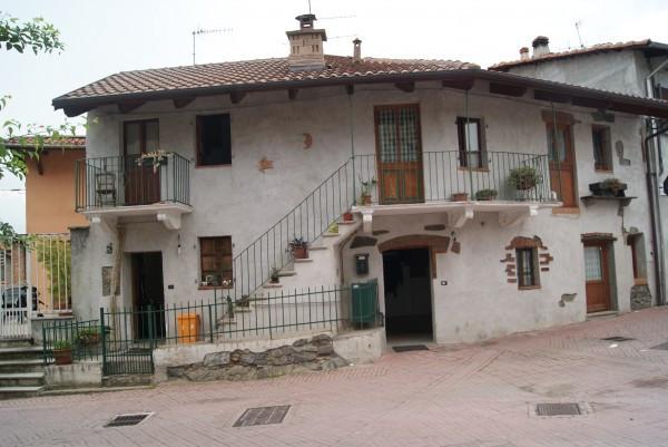 Casa indipendente in Vendita a Pavone Canavese: 5 locali, 140 mq