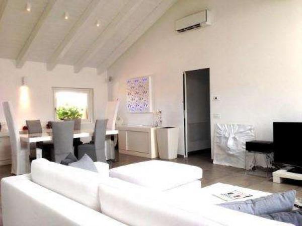 Attico / Mansarda in vendita a San Colombano al Lambro, 4 locali, prezzo € 395.000   Cambio Casa.it