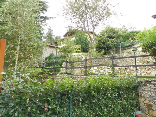 Bilocale Somma Lombardo Via Motte 10