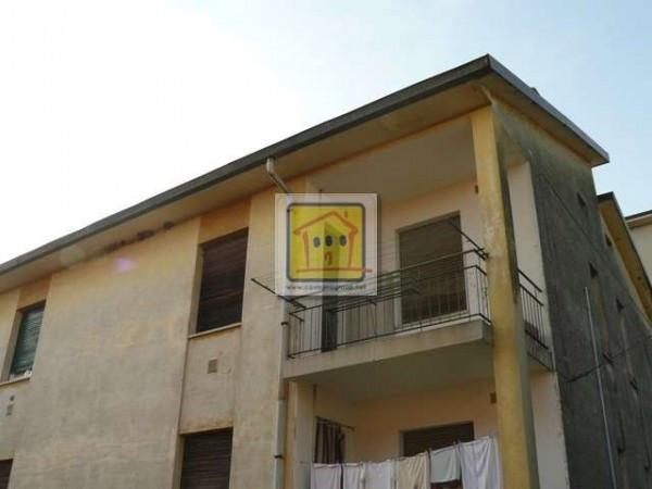 Bilocale Almenno San Bartolomeo Via Iv Novembre 10