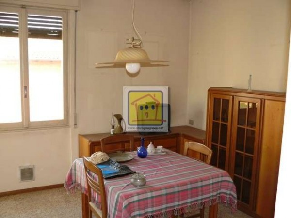 Bilocale Almenno San Bartolomeo Via Iv Novembre 3