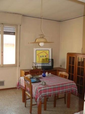 Bilocale Almenno San Bartolomeo Via Iv Novembre 4