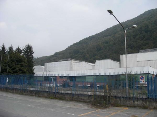 Capannone in vendita a Pinerolo, 6 locali, Trattative riservate | CambioCasa.it