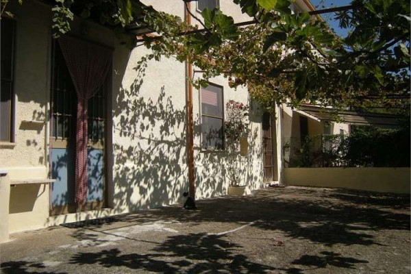 Soluzione Indipendente in vendita a Coreno Ausonio, 6 locali, prezzo € 190.000 | Cambio Casa.it