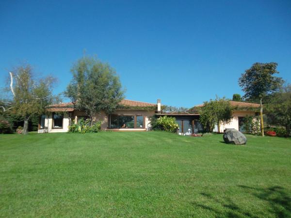 Villa in vendita a Trevignano Romano, 9999 locali, prezzo € 950.000 | Cambio Casa.it