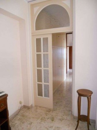 Appartamento in Vendita a Macerata Centro: 5 locali, 132 mq