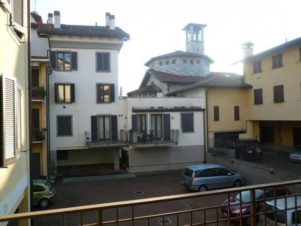 Bilocale Saronno Via Padre Luigi Monti 10