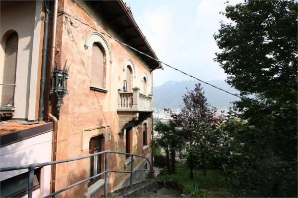 Bilocale Como Via Santa Marta 1
