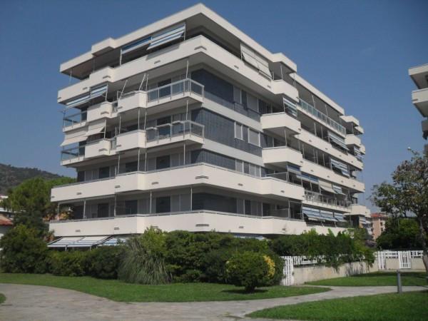 Appartamento in vendita a Andora, 2 locali, prezzo € 249.000 | Cambio Casa.it