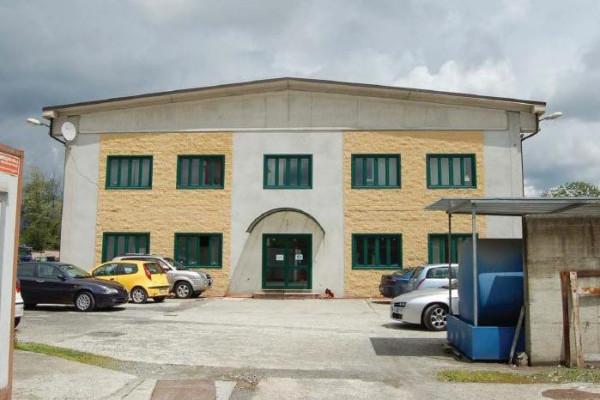 Capannone in vendita a Villanova Canavese, 6 locali, prezzo € 230.000 | Cambio Casa.it