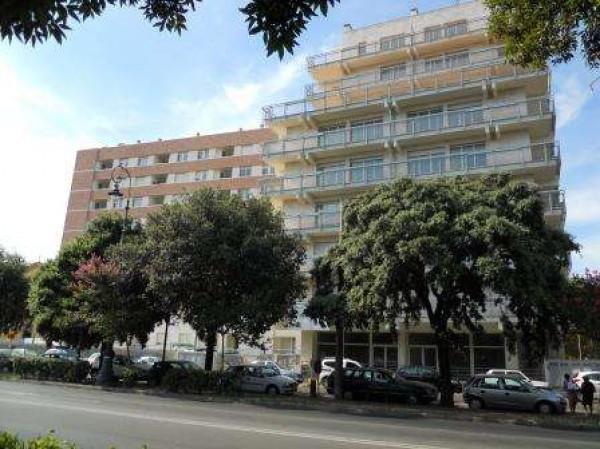 Bilocale Livorno Viale Giosuè Carducci 3