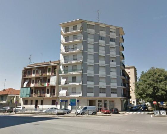 Bilocale Vercelli Piazza Sardegna 1