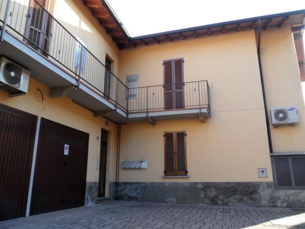 Appartamento in vendita a Cabiate, 3 locali, prezzo € 135.000 | Cambio Casa.it